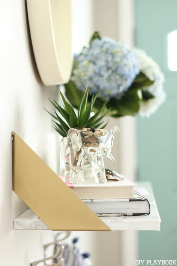 The perfect accent pieces on your newly revamped shelf