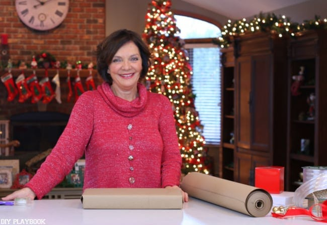 Casey's Mom leads the tutorial: How to Tie the Perfect Bow   DIY Playbook