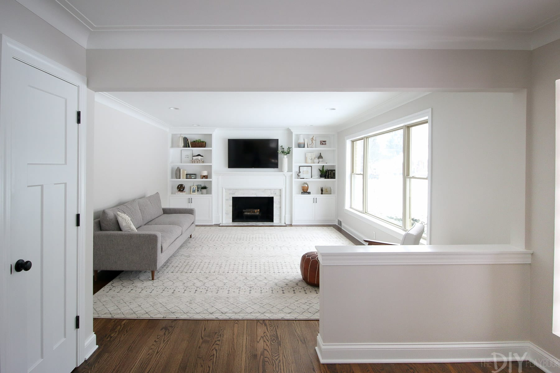 how to decorate a plain couch