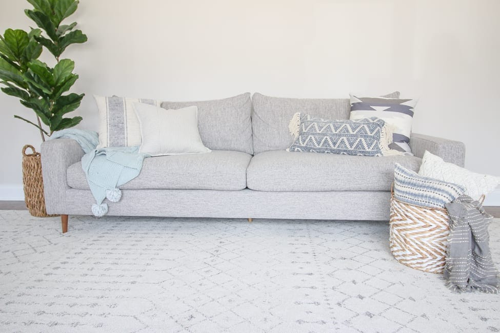 tips and tricks for decorating a couch