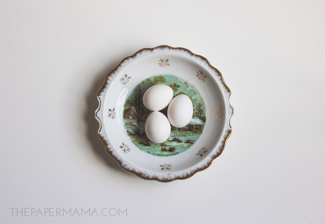 How to blow yolk out of an egg // thepapermama.com