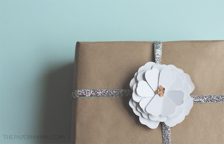 Paper Cosmo Flower Hair Clip or Gift Bow! Comes with a free printable! // thepapermama.com