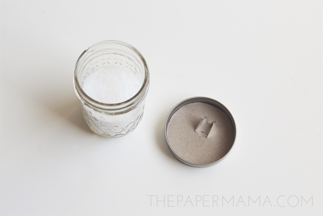 Salt Dispenser Jar // thepapermama.com