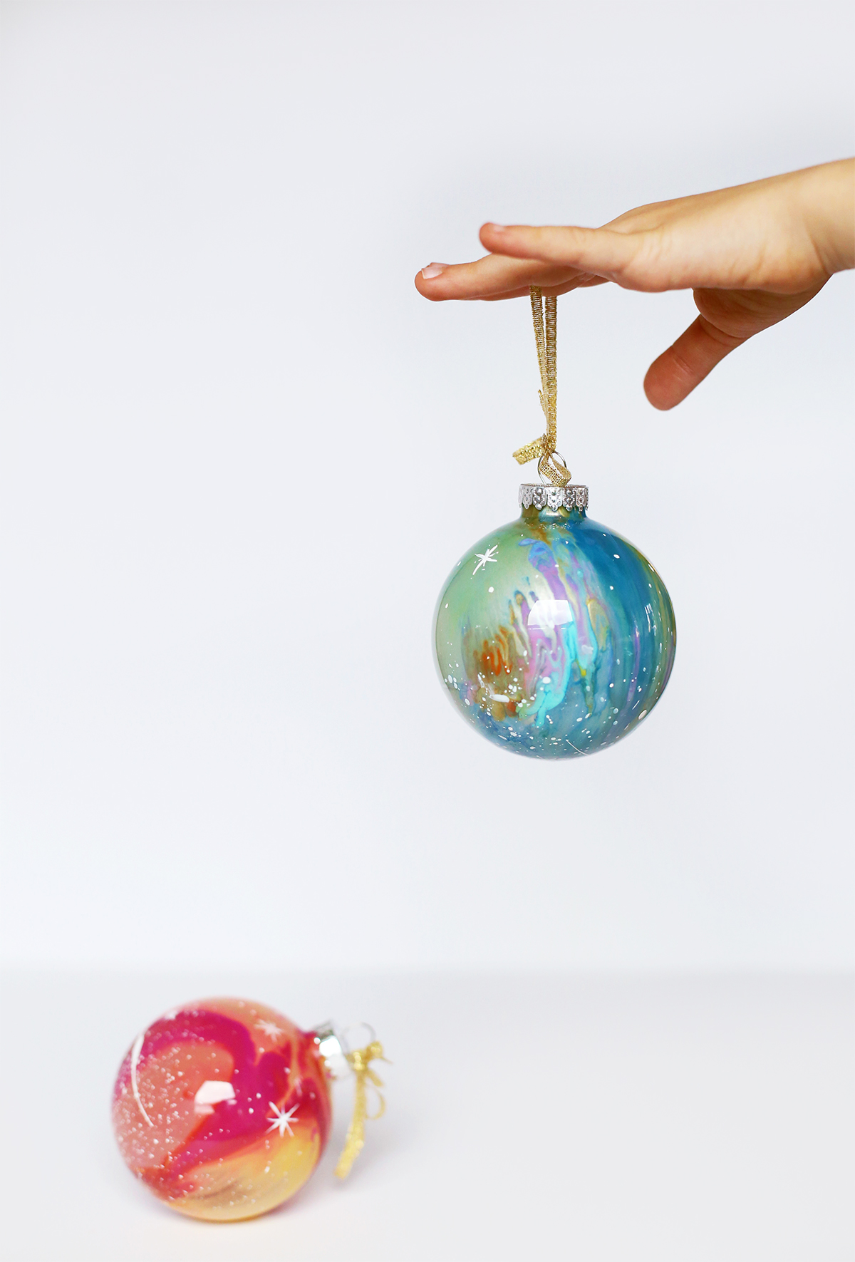 Kid's Gift Idea: DIY Hand-painted Galaxy Ornaments