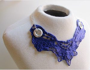 Vintage Lace Collar Necklace . How To-sday thumbnail