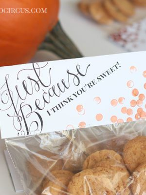 Printable Treat Bag Toppers . Freebies (Giveaway) thumbnail