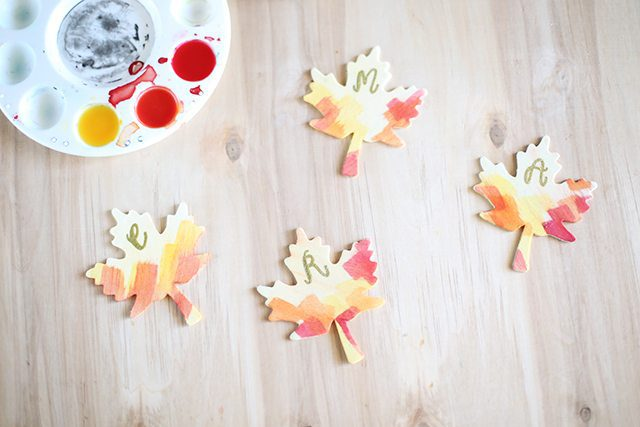 DIY Thanksgiving Place Cards - Watercolor Leaves