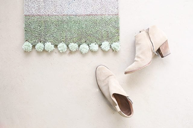 DIY Pom Pom Rug Doormat Tutorial