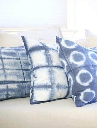 DIY Throw Pillows With Hardware Store Shibori Dyeing – IKEA Hacks thumbnail