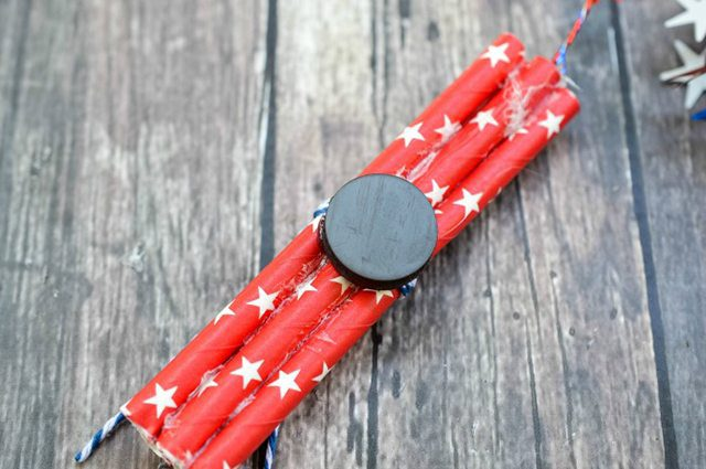 Firecracker Magnet Fourth of July Crafts - Step 5