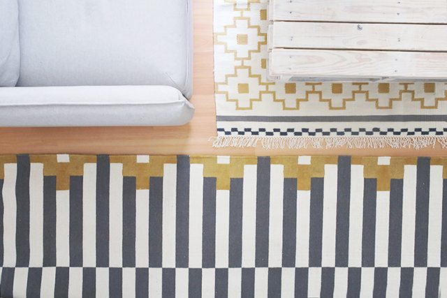 How to Paint a Rug - an IKEA Hack