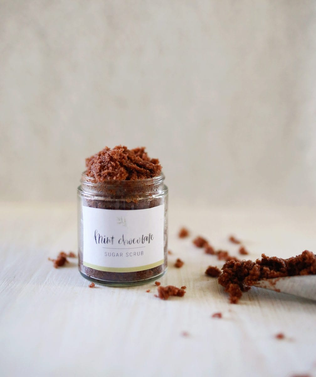 DIY Mint Chocolate Sugar Scrub Recipe + Free Printable Labels
