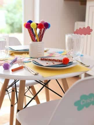 Colorful Kids Thanksgiving Table Ideas and Decorations + Activity Ideas thumbnail