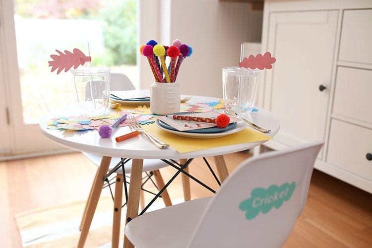 Colorful Kids Thanksgiving Table Ideas 3