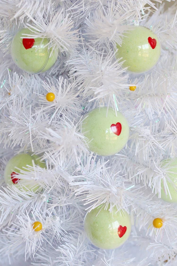 DIY Grinch Bath Bomb Ornaments for Christmas 3