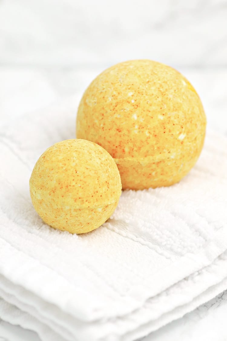 DIY Turmeric All Natural Bath Bomb Recipe