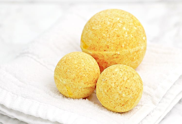 DIY Turmeric All Natural Bath Fizzies Recipe