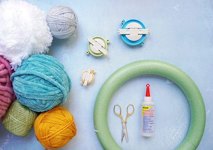How to Make a Wreath Step by Step - Supplies